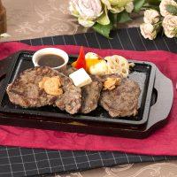 ホテルノーブルの牛ロースステーキ
